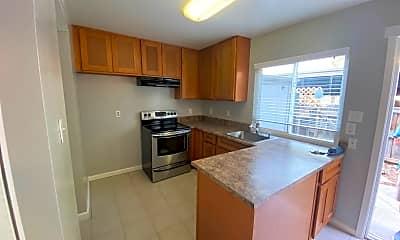 Kitchen, 8879 Salmon Falls Dr, 0