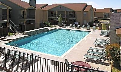 Pool, Oakridge, 0