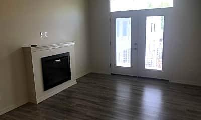 Ivanhoe Apartments, 2