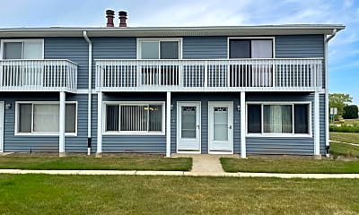 Building, 17329 Maple Ln 23, 0