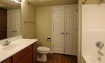 Bathroom, The Manor at Lake Charles, 2