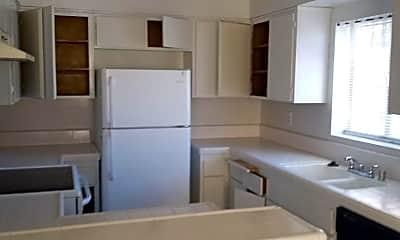Kitchen, 3819 2nd St 4, 2