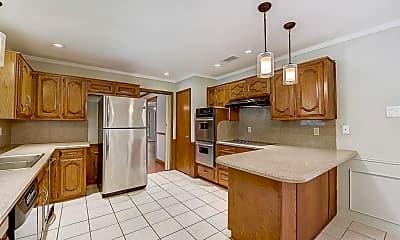 Kitchen, 4005 Toler Rd, 1