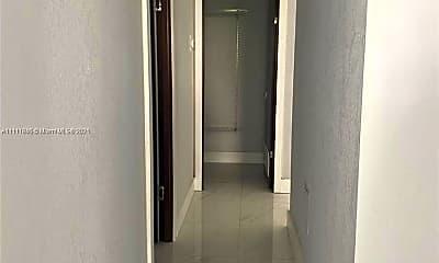 18051 Biscayne Blvd 301, 2
