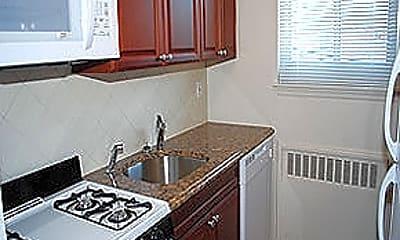 Kitchen, Wildwood & Soundview Garden Apartments, 1