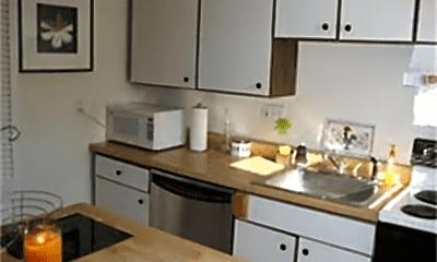 Kitchen, 73 Norwood Ave, 2