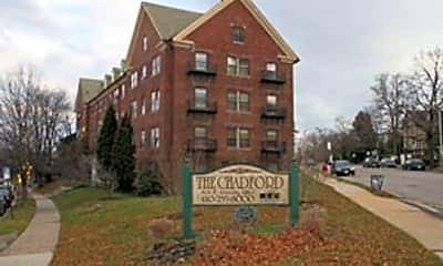 Building, 909 W University Pkwy, 0