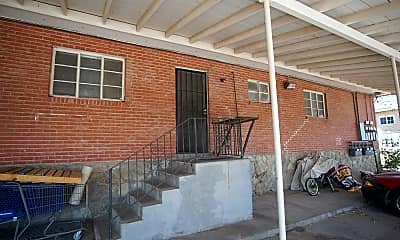 Building, 1421 St Johns Dr 5, 2