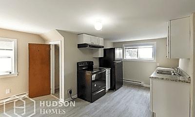 Kitchen, 176 Lemoine Ave, 1