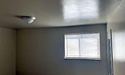 Bedroom, 2237 E Boulder St, 2
