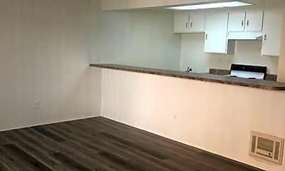 Kitchen, 4971 Shark Dr, 2