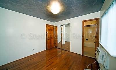 Bedroom, 21-51 Hazen St, 2