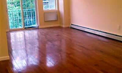 Living Room, 2025 Chatterton Ave 3, 0