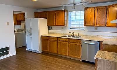 Kitchen, 4005 West 75th Avenue Unit B, 1