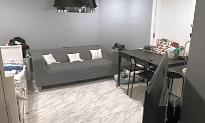 Living Room, 205 N 36th St, 2
