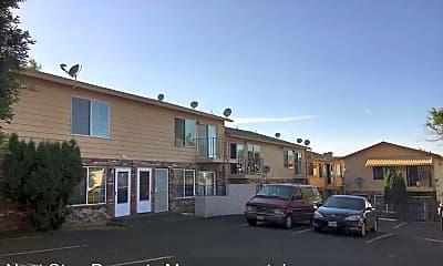 Building, 4125 NE 82nd Ave, 1