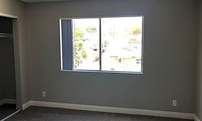 Living Room, 525 28th St, 1