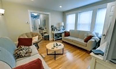 Living Room, 226 Washington St, 2