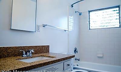 Bathroom, 1031 N Ogden Dr, 2