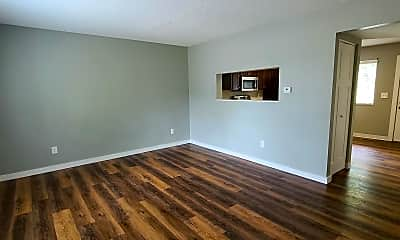 Living Room, 438 N 18th Ave, 1