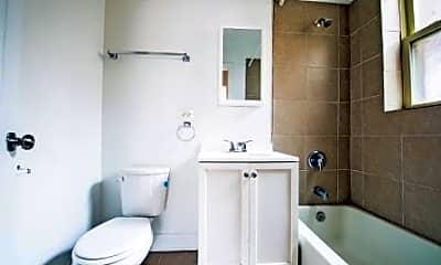 Bathroom, 8000 S Maryland Avenue, 2