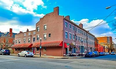 Building, 229 E 3rd St, 2