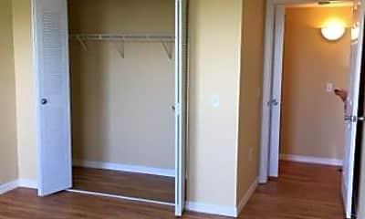 Bedroom, 520 Villa Cir, 0