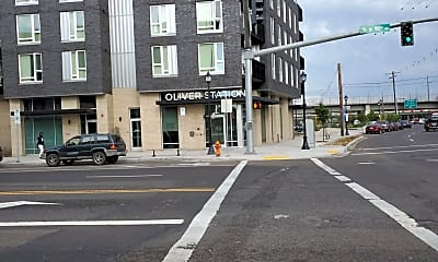 Oliver Station Apartments, 1