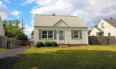 Building, 882 E Longview Ave, 1