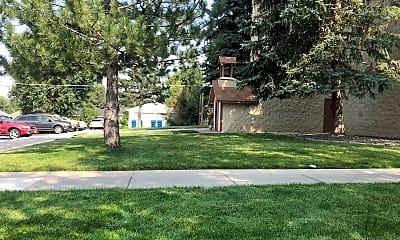 Edgewater Plaza, 2