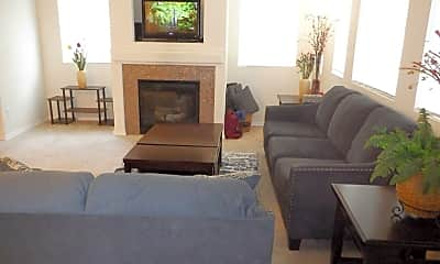 Living Room, 2687 Erwin Ave, 1