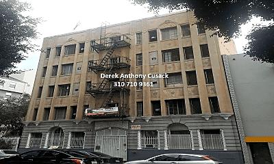Building, 746 S Coronado St, 0
