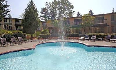 Pool, Carrington, 2