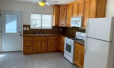 Kitchen, 694 S M St, 1
