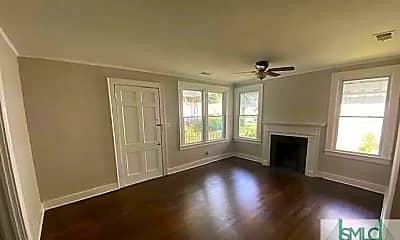 Living Room, 514 E 62nd St, 1