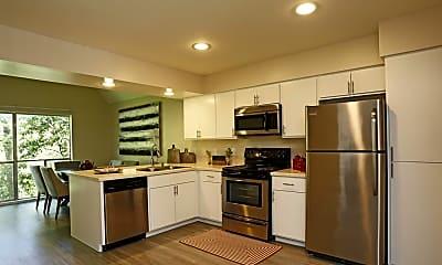 Kitchen, The Kontour at Kessler Park, 1