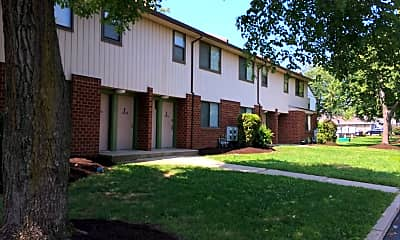 Chester Apartments, 2