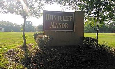 Huntcliff Manor, 1