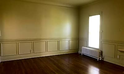 Living Room, 1291 Willow Ave 3, 1