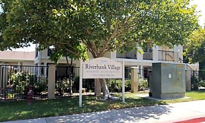 Riverbank Village, 1