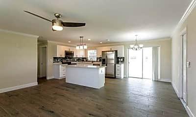 Kitchen, 481 W 32nd St, 2