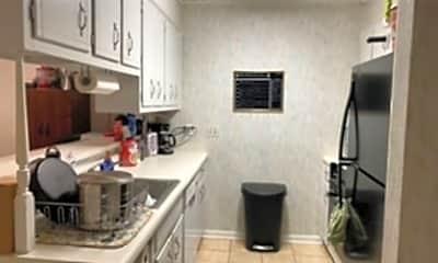 Kitchen, 3216 W Wimbledon Dr, 1