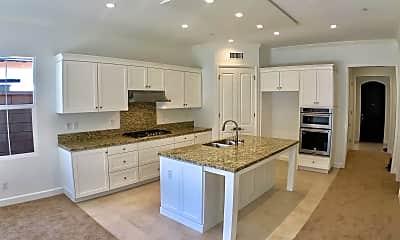 Kitchen, 56 Quentin, 0