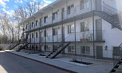 Building, 390 E 2700 S, 1