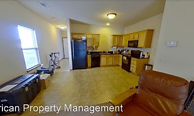 Living Room, 816 Oakbrook Pl, 0