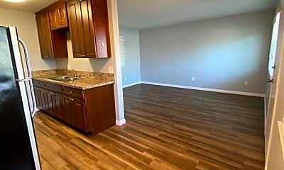Kitchen, 800 Emory St, 1