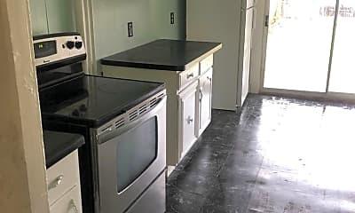 Kitchen, 423 W Princess St, 1