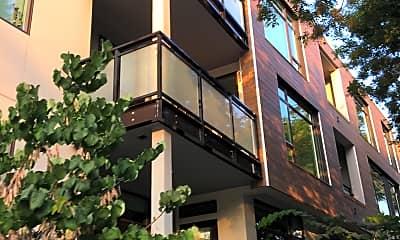 Montrose Apartments, 2
