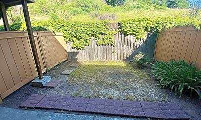 Patio / Deck, 1 Birdsnest Ct, 2
