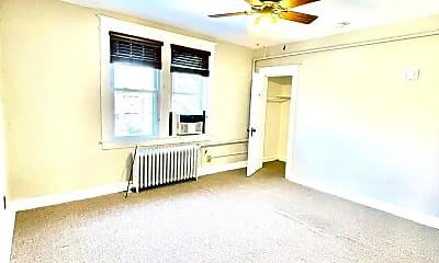 Living Room, 4017 Kansas Ave NW 4, 2